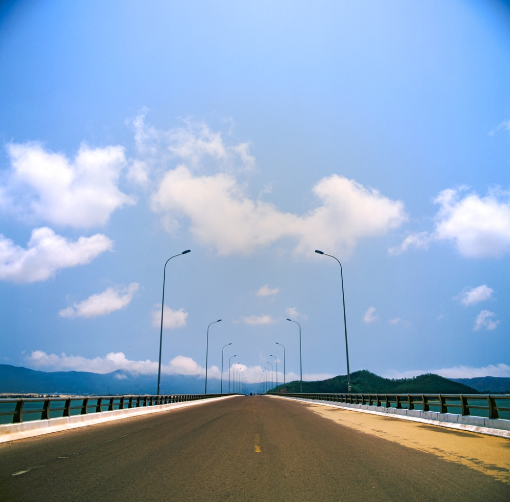 quy_nhon_bridge_1000.jpg